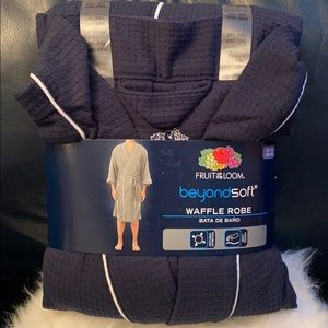 NWT Men's Fruit of the Loom Waffle Robe